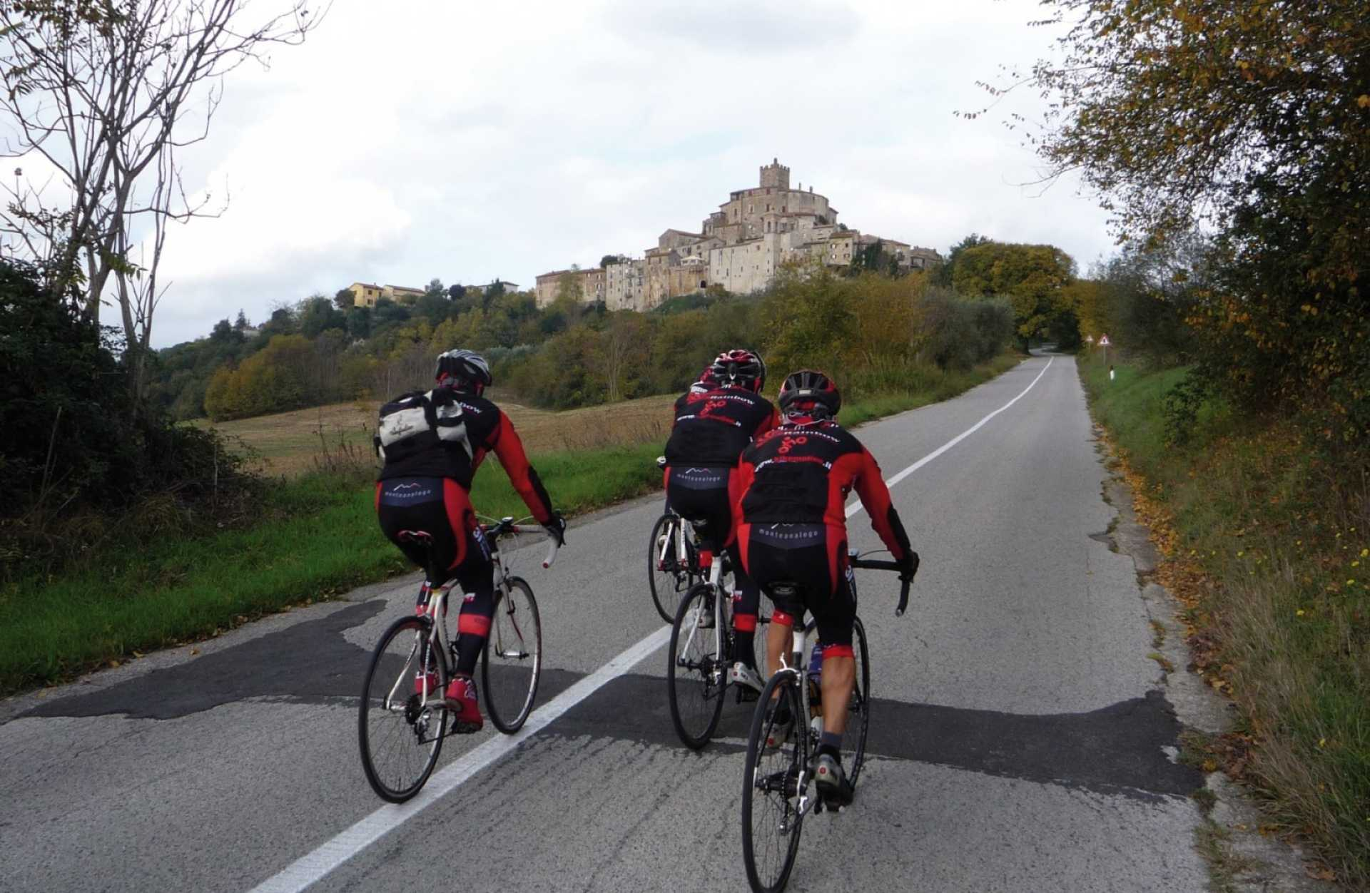 UMBRIA IN BIKE: RANDO SUD
